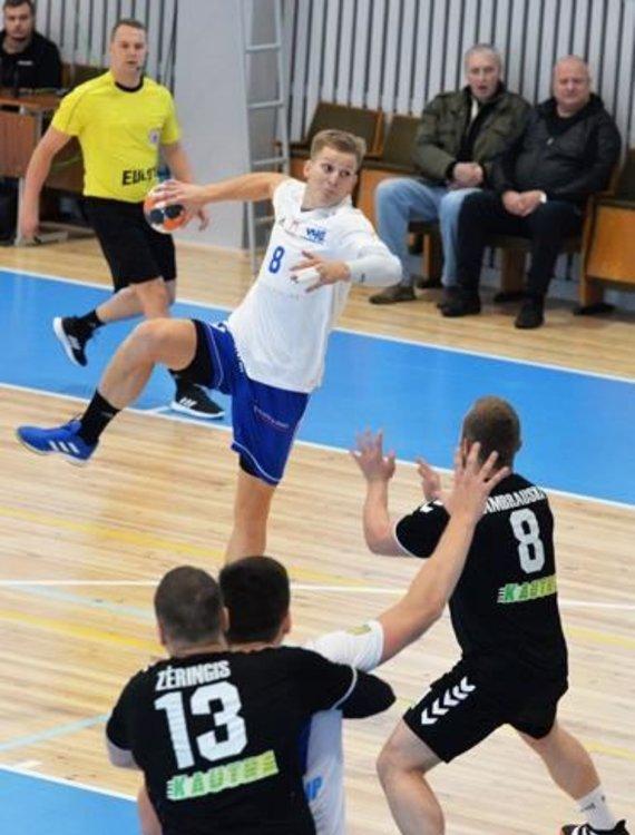 """Karolis Antanavičius su Vilniaus """"Šviesa"""" pradeda kovas Europos rankinio Iššūkio taurės turnyre."""