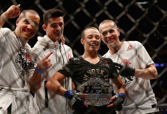 """""""Scanpix"""" nuotr./Rose Namajunas nokautavo Joanną Jedrzejczyk ir tapo UFC čempione."""
