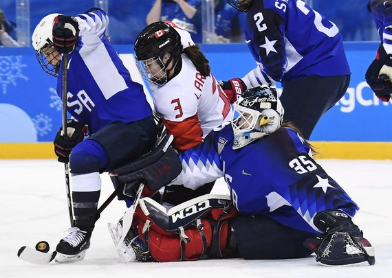 """""""Scanpix"""" nuotr./Kanados ledo ritulininkėms pralaimėjimas JAV komandai finale virto nusivylimu."""