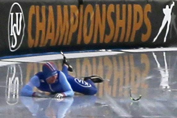 """""""Scanpix"""" nuotr./Sverre Lunde Pedersenas griuvo ir neteko titulo greitojo čiuožimo pasaulio pirmenybių bendroje įskaitoje."""