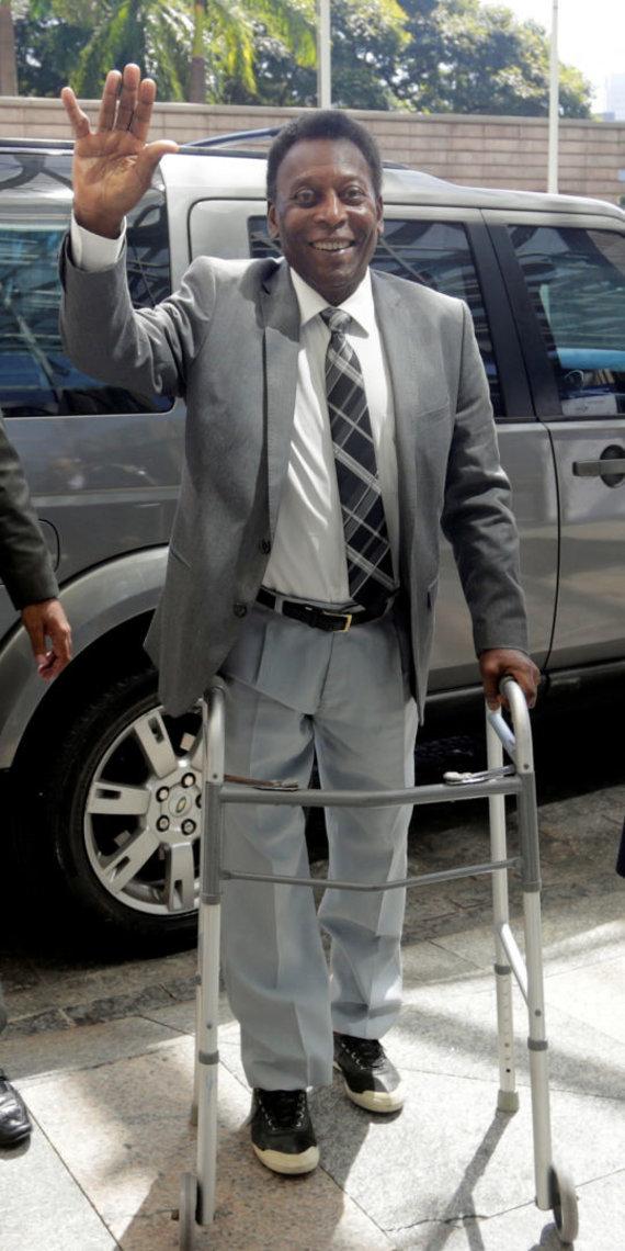 """""""Scanpix"""" nuotr./Futbolo legenda Pele Pasaulio Ekonomikos forume San Paule."""