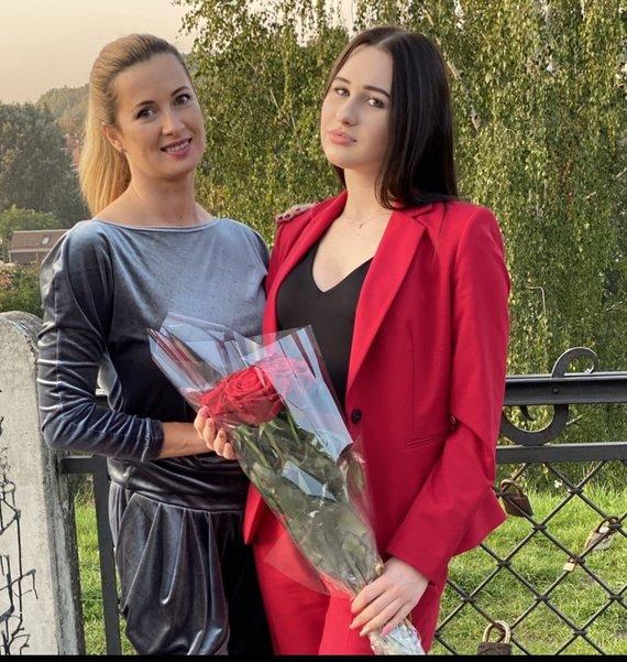 Asmeninio albumo nuotr./Renata Norvilė su dukra Vanesa