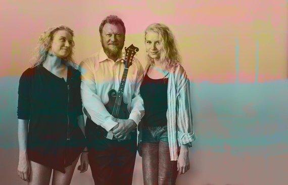 Projekto partnerio nuotr./Šeimyninis Andrijauskų trio kviečia į koncerto premjerą