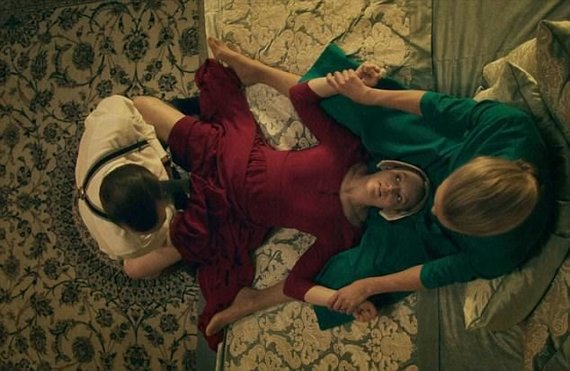 """""""Hulu"""" nuotr./Serialas """"Handmaid's Tale"""""""