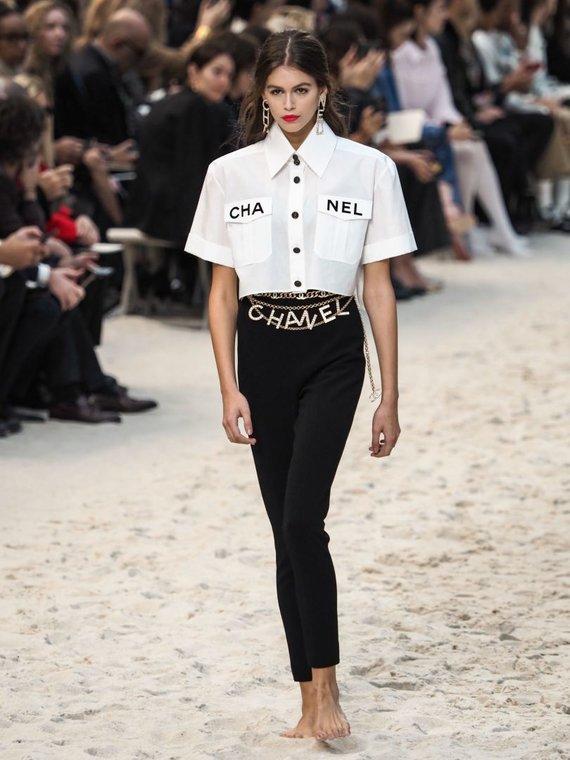 """""""Scanpix""""/""""SIPA"""" nuotr./""""Chanel"""" 2019 m. pavasario ir vasaros kolekcijos pristatymas"""