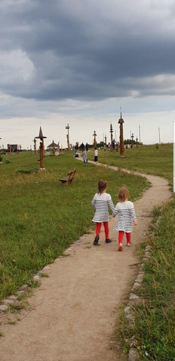 Asmeninio archyvo nuotr./Rūtos ir Andriaus dukros Eglė ir Austėja