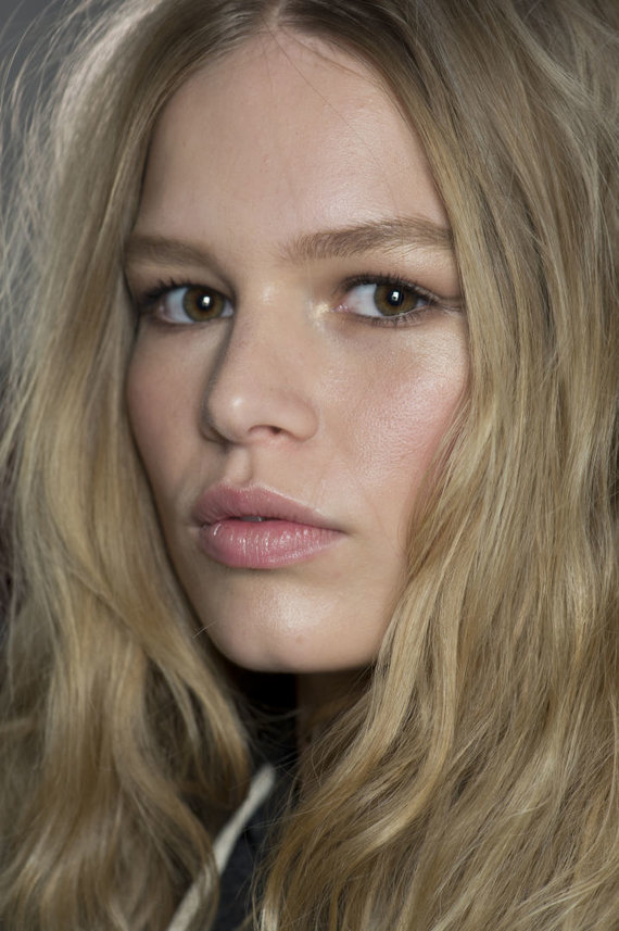 Vida Press nuotr./Modelis Anna Ewers