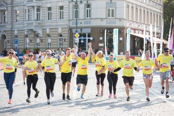 Žygimanto Gedvilos / 15min nuotr./Vilniaus maratono Šeimų bėgimo akimirka