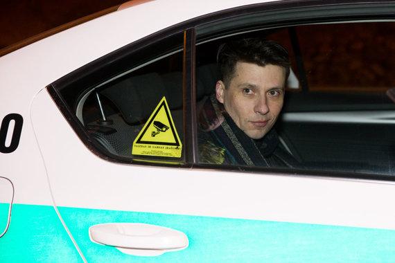 Žygimanto Gedvilos / 15min nuotr./Naktinio policijos reido akimirka