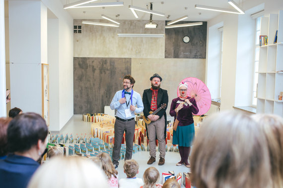 """Organizatorių nuotr./Literatūros festivalio """"Vaikų Kalėdų sala"""" akimrikos"""