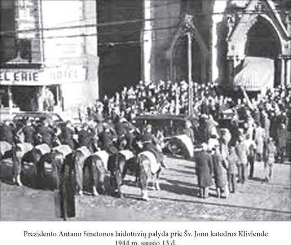Algimanto Liekio nuotr./Antano Smetonos laidotuvės