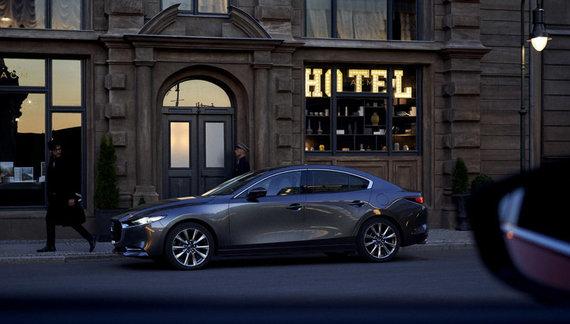 """Projekto partnerio nuotr./Naujoji """"Mazda3"""" tampa ralio automobiliu"""