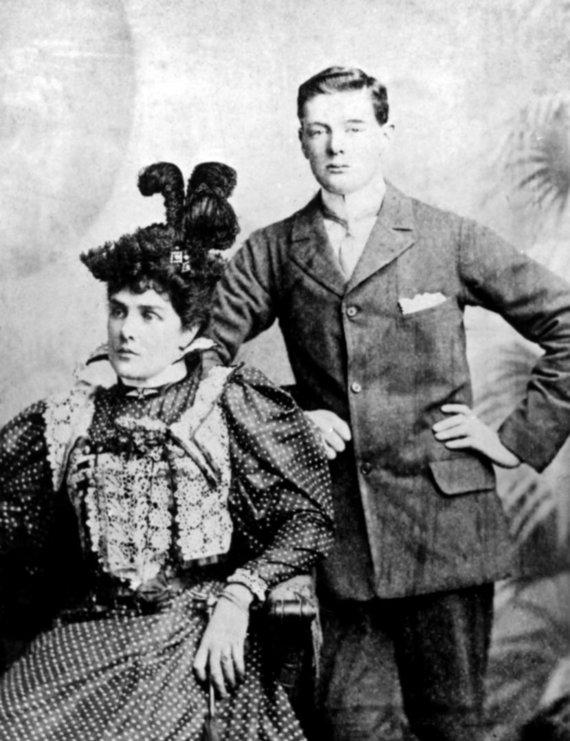 Leidyklos nuotr./Su motina Jenny Churchill