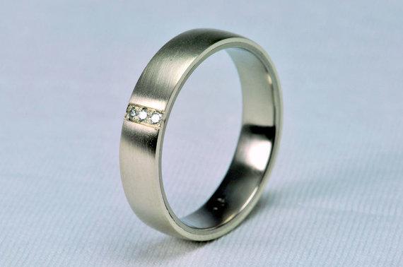 commons.wikimedia.org nuotr./Žiedas iš titano