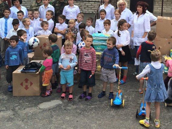 Projekto partnerio nuotr./Vaikų namams pristatyta parama Severodonecke