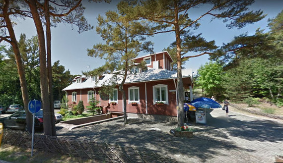 """Google Street View nuotr. /Viešbutis """"Vasaros Ambasada"""", esantis Palangos Meilės alėjoje"""