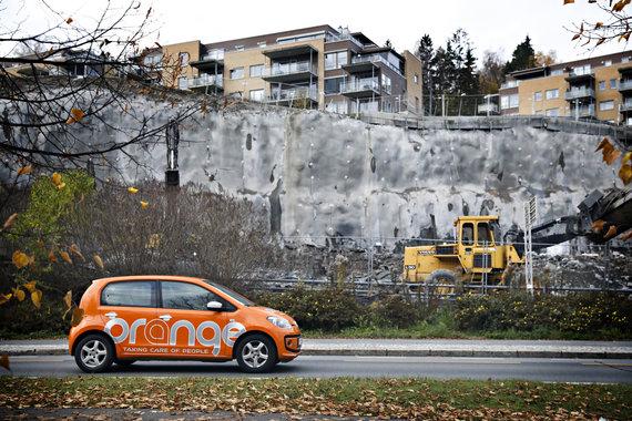 "Dan P. Neegaard/Aftenposten nuotr./""Orange"" automobiliai"""
