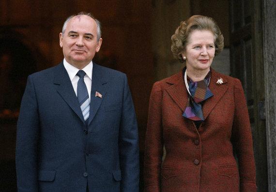 """""""Scanpix""""/AP nuotr./Michailas Gorbačiovas ir Margaret Thatcher"""