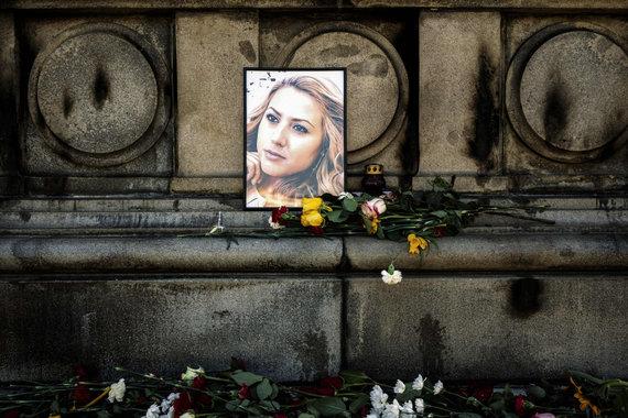 """AFP/""""Scanpix"""" nuotr./Akcija Viktorijai Marinovai atminti"""