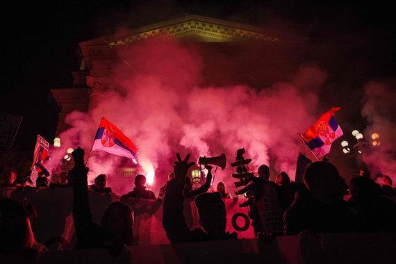"""AFP/""""Scanpix"""" nuotr./Protestus Serbijoje"""