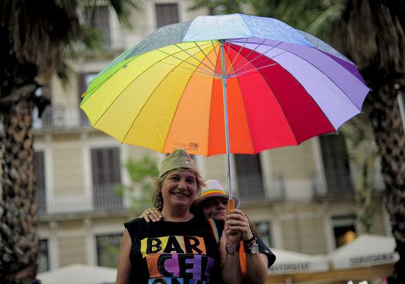 """AFP/""""Scanpix"""" nuotr./Homoseksualų eitynės Ispanijoje"""