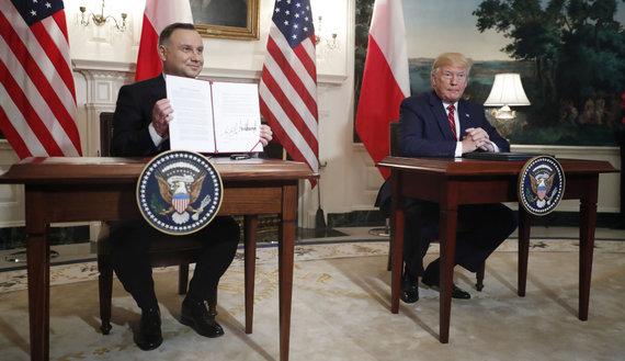 """""""Scanpix""""/""""Sipa USA"""" nuotr./Andrzejus Duda ir Donaldas Trumpas"""