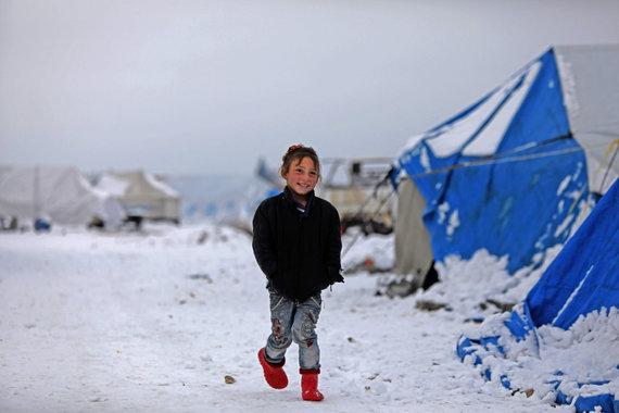 """AFP/""""Scanpix"""" nuotr./Pabėgėlių stovykla netoli sienos su Turkija"""