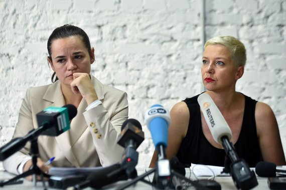 "AFP/""Scanpix"" nuotr./Sviatlana Cichanouskaja ir Maryja Kalesnikava"