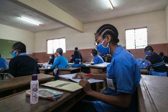 "AFP/""Scanpix"" nuotr./Mokykla Kamerūne"