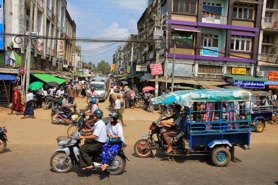 """Kelionių organizatoriaus """"GRŪDA"""" nuotr./Gyvenimas Mianmare"""