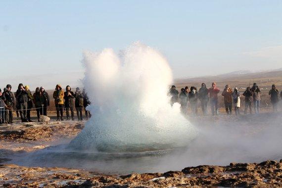 """Kelionių organizatoriaus """"GRŪDA"""" nuotr./Strokuro veržimasis, Islandija"""