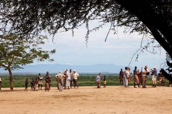 """Kelionių organizatoriaus """"GRŪDA"""" nuotr./Fotosesija ant Omo upės skardžio, Etiopija"""