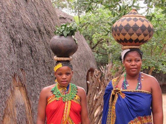 """Kelionių organizatoriaus """"GRŪDA"""" nuotr./Pietų Afrikos Respublikos moterys"""