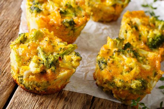 123RF.com nuotr./Brokolių ir sūrio kąsniukai
