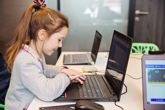 "Devbridge group nuotr./""Sourcery for Kids'' akademija"