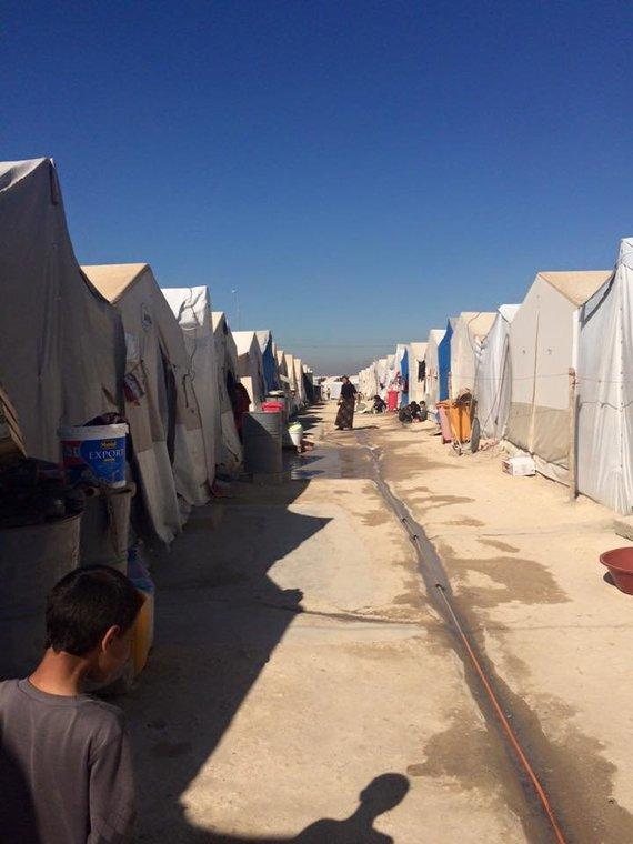 LCC tarptautinio universiteto nuotr./Khanke stovykla, Dohukas, Kurdistanas, Irakas