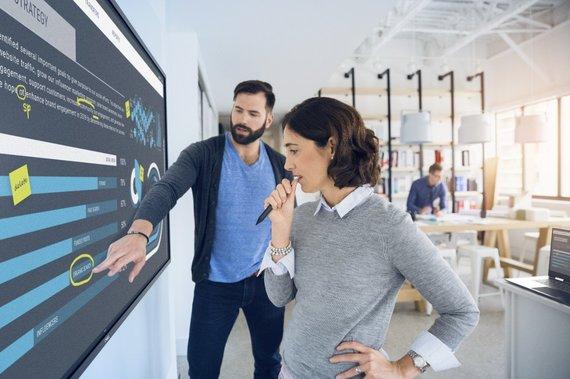 """""""Dell Technologies"""" nuotr./Collaboration monitorius"""