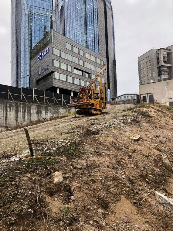 S.Gadeikio nuotr./Inžineriniai geologiniai tyrimai sudėtingose, urbanizuotose teritorijose