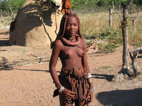"""Kelionių organizatoriaus """"GRŪDA"""" nuotr. /Himbų genties moteris"""