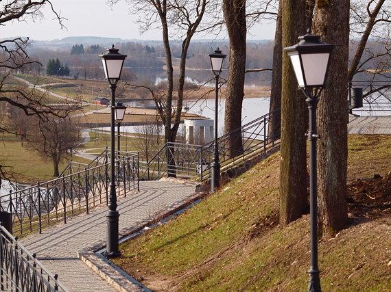 Architekto A.Žebrausko asm. archyvo nuotr./Sutvarkytos Telšių miesto erdvės ir Masčio ežero pakrantės