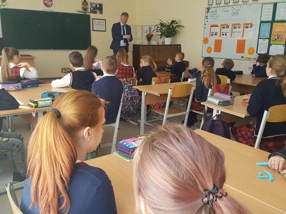 Aplinkos ministerijos nuotr. /Aplinkos ministro Kęstučio Navicko pamoka ketvirtokams