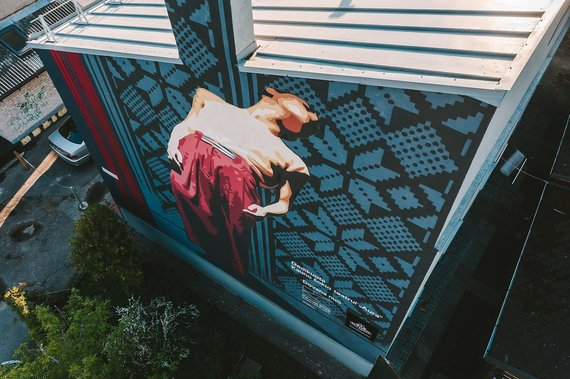 Andriaus Aleksandravičiaus nuotr. /Dovana miestui – įamžinti Kauno kultūros simboliai ant pastatų sienų