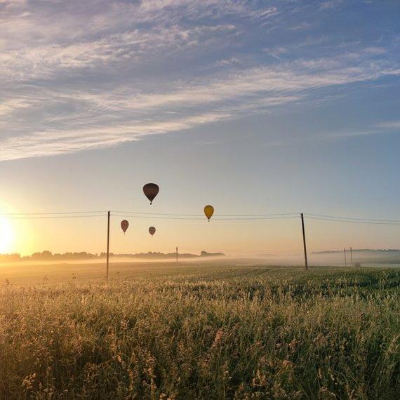 Asmeninio archyvo nuotr. /Juozas Varanka organizuoja skrydžius oro balionu