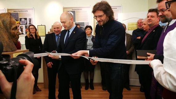 Vilmos Kisielės (jonavoszinios.lt) nuotr. /Jonavos rajone atidarytas skulptoriaus Konstantino Bogdano muziejus