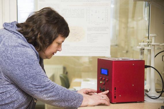Jono Petronio nuotr. /Vytauto Didžiojo universiteto mokslininkai pirmieji pasaulyje ėmėsi nuodugniai stebėti molekulinius pokyčius augaluose