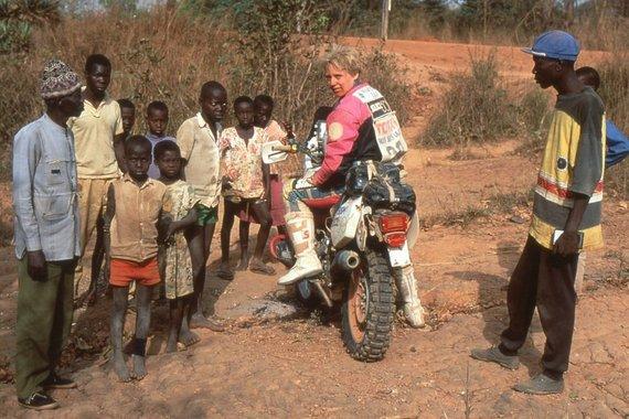 Asmeninio albumo nuotr./Jutta Kleinschmidt 1992 m. Dakaro ralyje