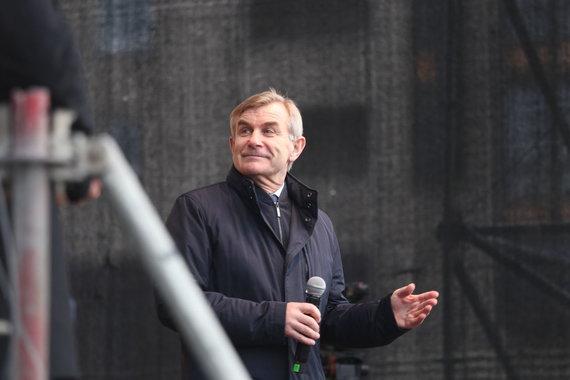 "Svajūno Stroino nuotr./Vilniuje prie Seimo įvyko protestas ""Mes kaltinam!"""