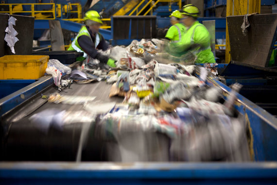 123RF.com nuotr./Atliekų rūšiavimas perdirbimui