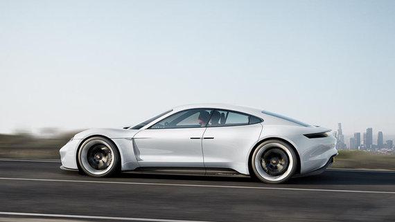 """Gamintojo nuotr./""""Porsche Taycan"""""""