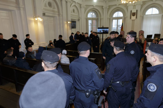 Josvydo Elinsko / 15min nuotr./Teisme toliau nagrinėjama Pravieniškėse veikusio nusikalstamo susivienijimo byla